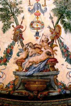 wunderschöne Fresken in der Sala Terrena